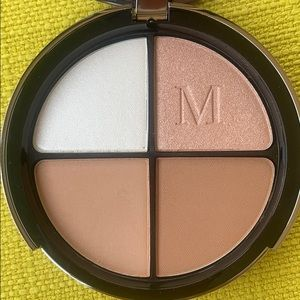 Maëlle Highlight and Contour Set